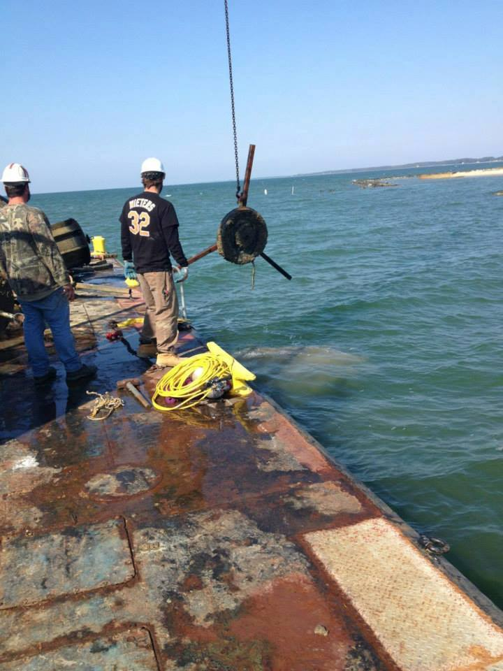 Offshore Commercial Diver : Commercial diving salvage diver maryland